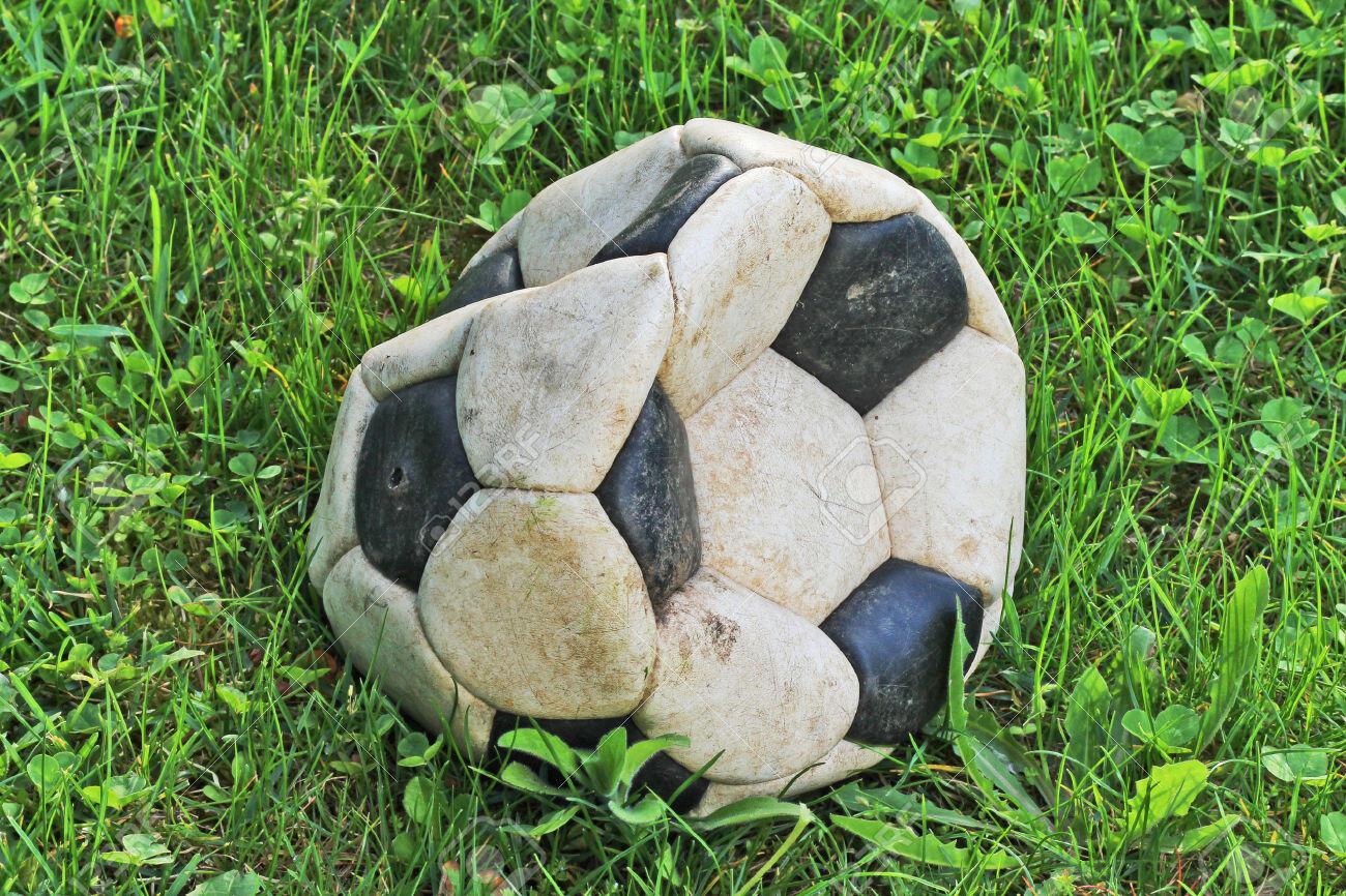 Risultati immagini per pallone sgonfio