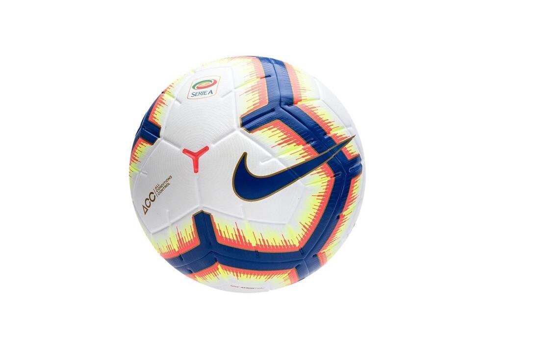 Siamo a ridosso della nuova stagione sportiva e Nike ha praticamente  svelato quello che sarà il pallone adottato per Liga f2e70ce798fc