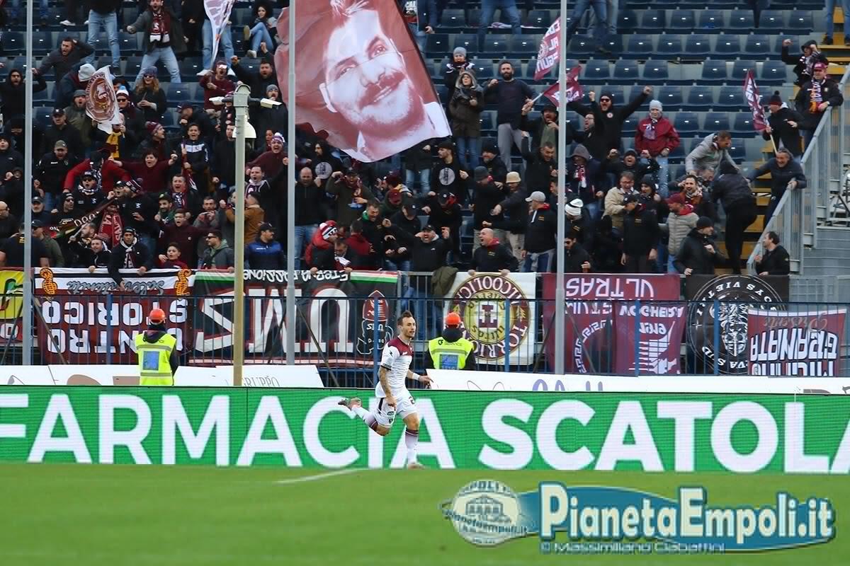 Buon Natale Ultras.Curva Ospiti I Tifosi Della Salernitana Pianetaempoli